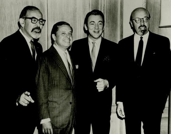 Altantic Records kurucuları - (soldan sağa) Jerry Wexler, Nesuhi Ertegun, Bobby Darin, ve Ahmet Ertegun
