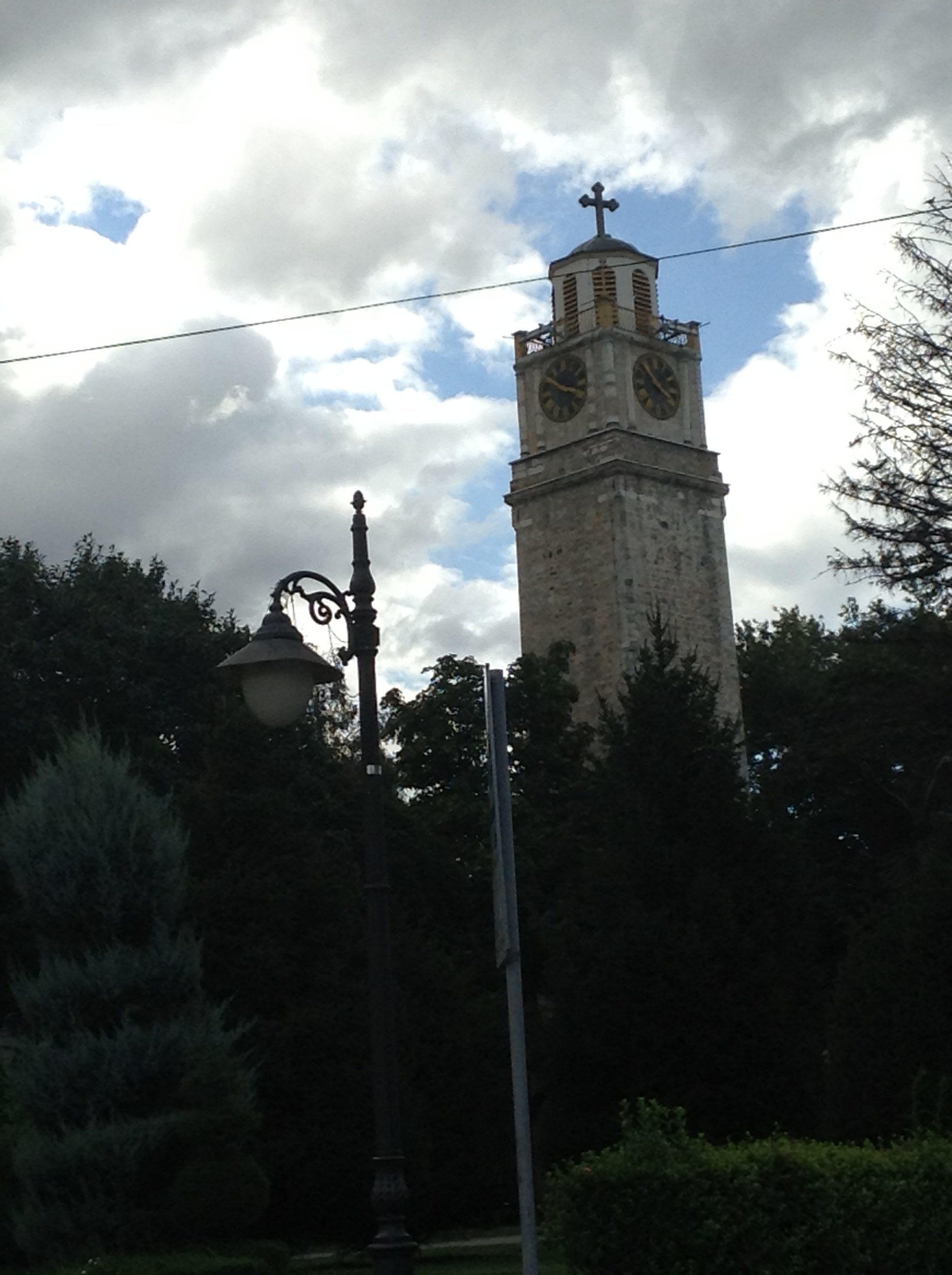 Manastır saaat kulesi
