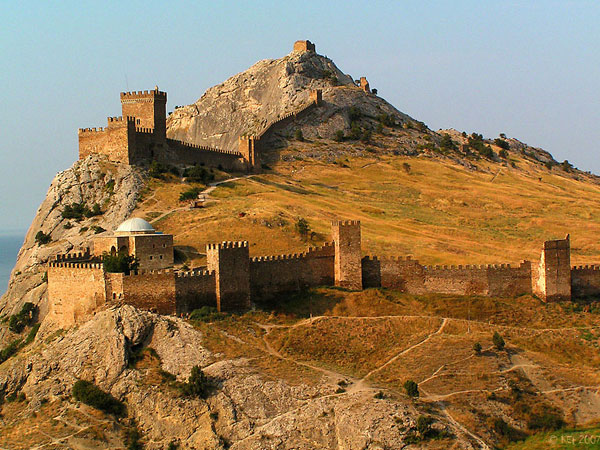 surozh_castle_37