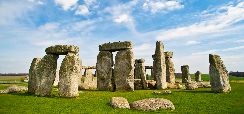 stonehenge-bath-hero-image